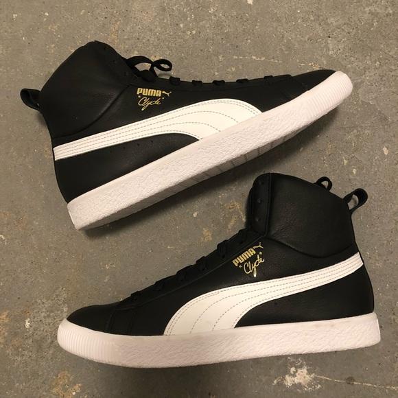 big sale 8ed1e e276b NEW Puma Clyde Core Mid Sneakers NWT